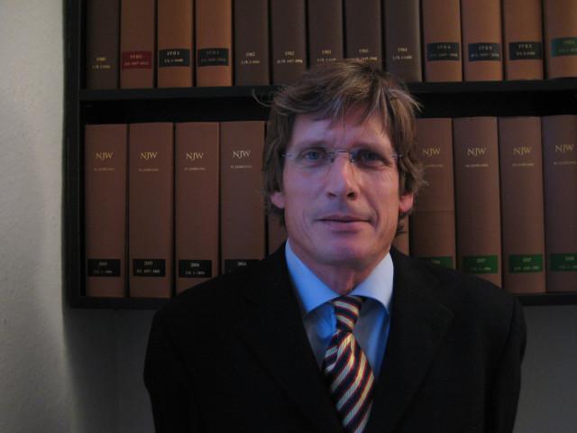 Bild: Anwalt - Carsten Lührs - auch Fachanwalt für Miet- und WEG Recht       in Hamburg