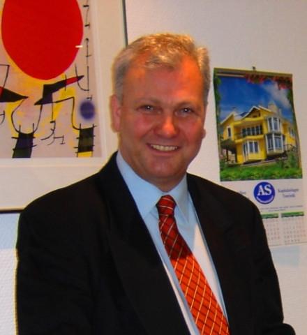 Herr Orhan Kilic (Immobilienmakler–IHK)