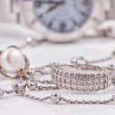 Bild: Barras Cornelia C. Feine alte Juwelen Juwelier in Frankfurt am Main