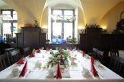 Tisch-Brautstüberl