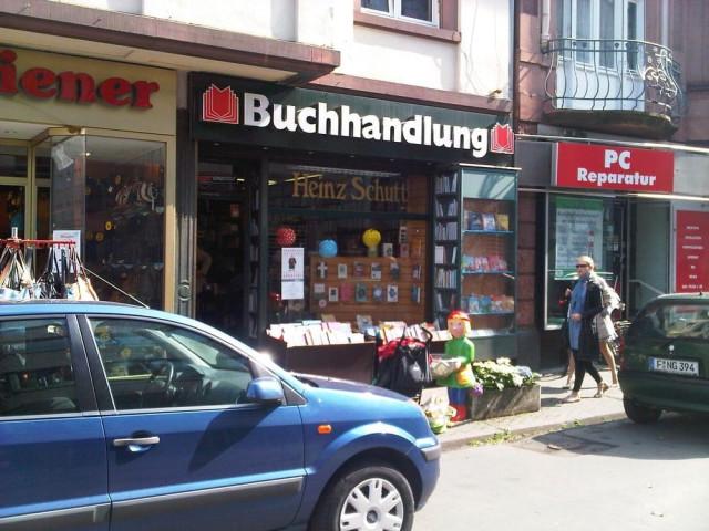 https://www.yelp.com/biz/buchhandlung-schutt-frankfurt-am-main