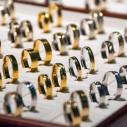 Bild: Das Schmuckstück Stefanie Stenzel Gold- und Silberschmiede in Fürth, Bayern