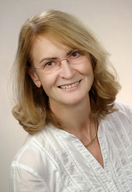 Frau Dr. Bärbel Haensch, Zahnärztin