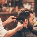 Bild: Die mit den Scherenhänden Friseurgeschäft in München