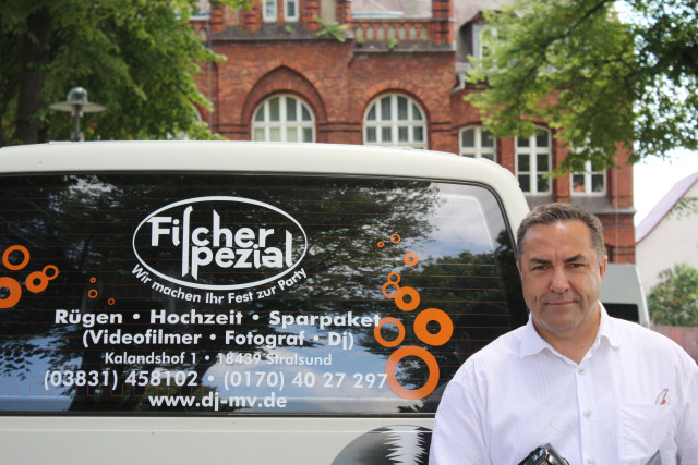 DJ MV, DJ in Mecklenburg-Vorpommern buchen beim erfahrenen DJ Fischer Spezial für Hochzeit.