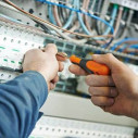 Bild: Eberhard Jähler Elektroinstallation in Chemnitz, Sachsen