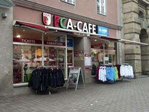 https://www.yelp.com/biz/fca-caf%C3%A9-fca-fanshop-augsburg