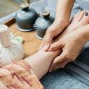 Bild: Flugel, H. Physiotherapie Krankengymnastik Massagen in Frankfurt am Main