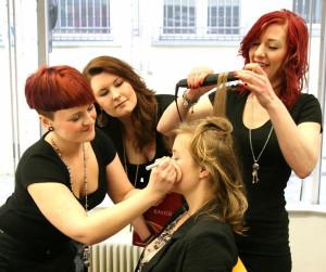 Haarverlängerung und Haarverdichtung Essen
