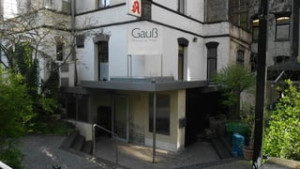 https://www.yelp.com/biz/gau%C3%9F-restaurant-am-theater-g%C3%B6ttingen