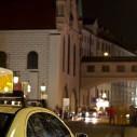 Bild: Gerard Kukulski Taxibetrieb in Bonn