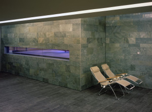 https://www.yelp.com/biz/holmes-place-d%C3%BCsseldorf-k%C3%B6nigsallee-d%C3%BCsseldorf
