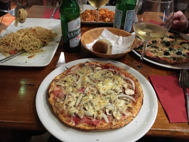 https://www.yelp.com/biz/il-pastaro-pizzeria-essen