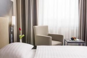 https://www.yelp.com/biz/intercityhotel-bonn-bonn-2