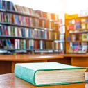 Bild: KNIZHNIK Internationale Buchhandlung in Frankfurt am Main
