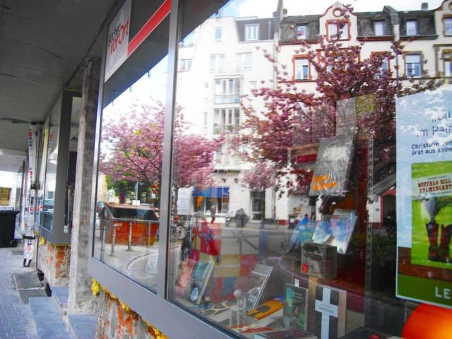https://www.yelp.com/biz/libretto-buch-und-musik-frankfurt-am-main-2