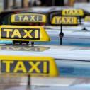 Bild: Taxi München eG Genossenschaft der Münchner Taxiunternehmen Standplatz Stadtmitte Kaufhof in München
