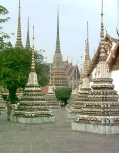 Das berühmte Wat Po in Bangkok. Ursprünglich Ausbildungsstätte der hier angewandten traditionellen Thaimassage.