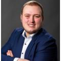 Versicherungsmakler Patrick Pirner