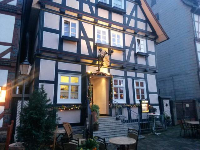 https://www.yelp.com/biz/wirtshaus-zur-schlossklause-rotenburg
